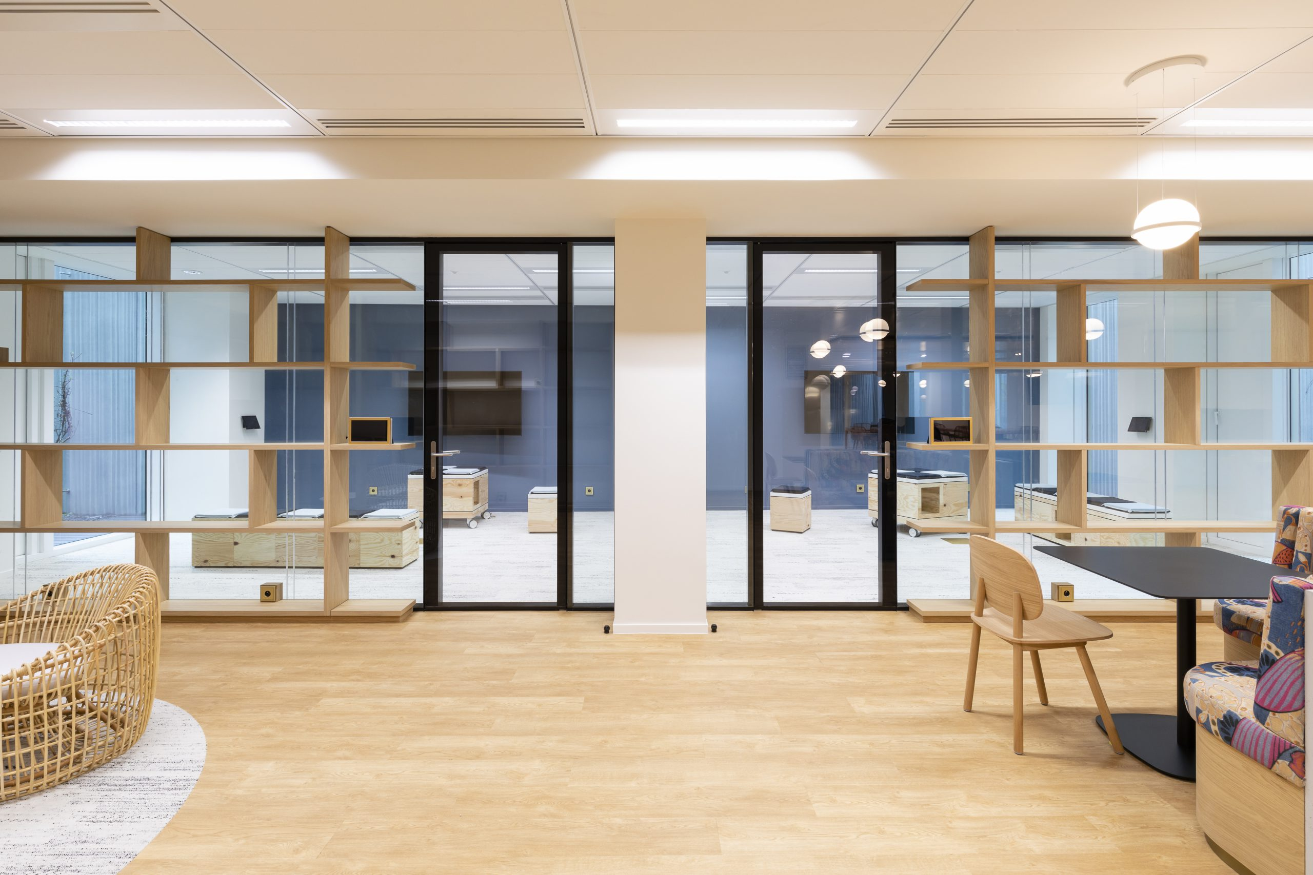 Design minimaliste et accoustique